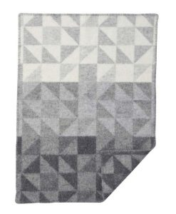 ullarteppi-65x90-shape-grey-baby-wool-blanket-barnidokkar-is
