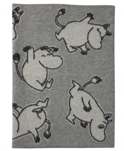 ullarteppi-90x130-happy-moomin-grey-barnidokkar-is